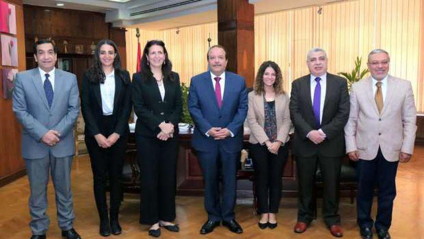 """رئيس جامعة طنطا يستقبل مدير هيئة """"فولبرايت"""" الأمريكية"""