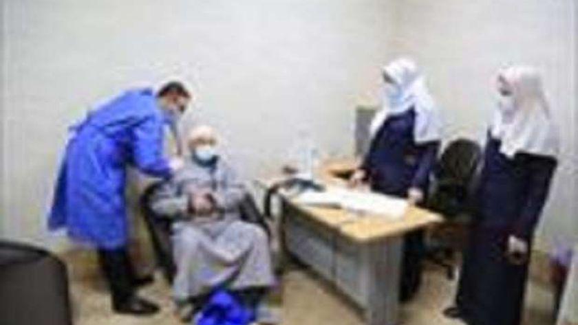 تطعيم كبار السن فى مستشفيات كفر الشيخ
