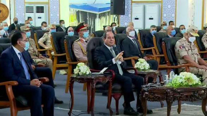 الرئيس السيسي أثناء فتتاح محطة معالجة مياه مصرف بحر البقر