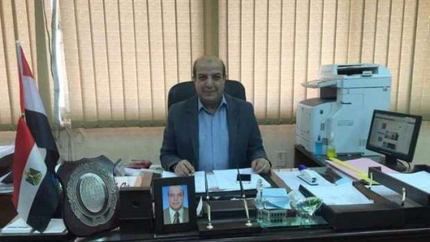 عبد المنعم خليل رئيس قطاع التجارة الداخلية بوزارة التموين